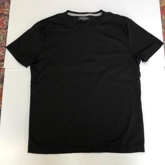Banana Republic men's M luxury touch black t shirt